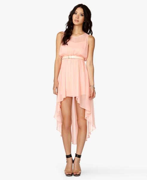 Платье с переди короче сзади длиннее