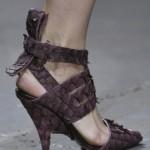 Hangi Ayakkabı Senin