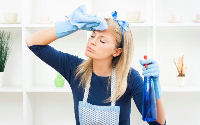 temizlik-yapan-kadin