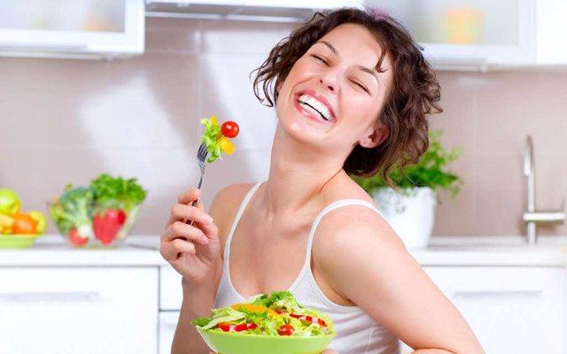 mutlu-diyet-kadin