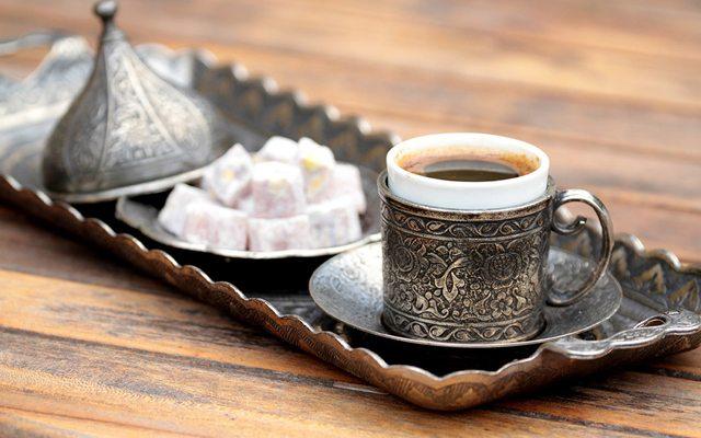 turk-kahvesi-lokum