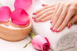 Baharın renklerini tırnaklarınıza yansıtın!