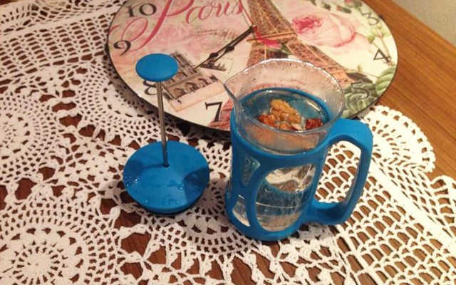 Bu benim geceden hazırladığım ceviz suyum :)
