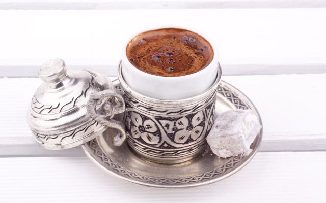 kahvenin-cilde-faydalari